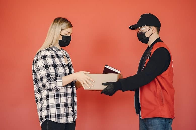 odbieranie zamówienia podczas pandemii